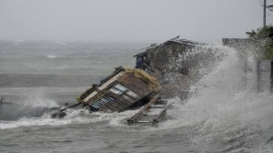 Philippines-Typhoon_Horo-2-e1384003017138